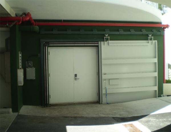 D5B – Watertight Door with inflatable seals in open position.