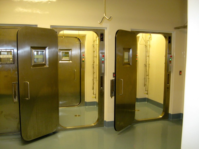 Presray APR laboratory doors with pneumatic seals.
