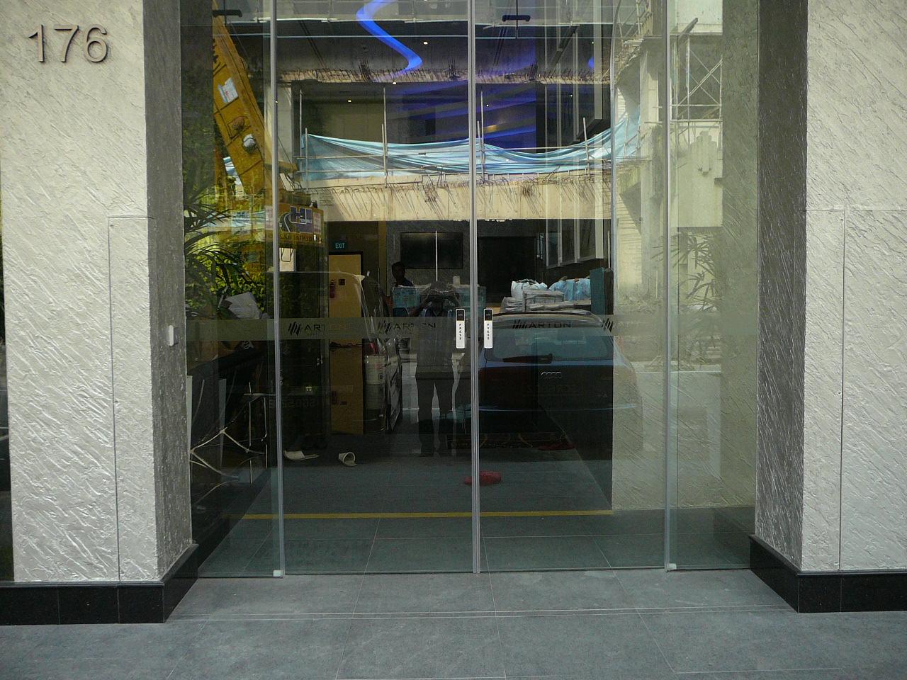 FastLogs installed in new hotel on Tyrwhitt Rd in Singapore. Photo: Pre-deployment.